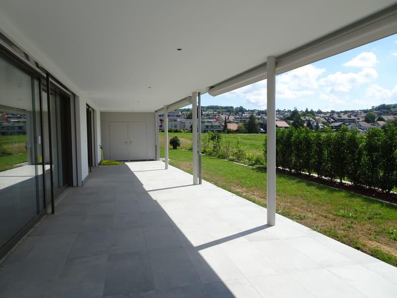 Luxuriöse riesige Wohnung mit unverbaubarer Sicht im steuerattraktiven Seengen am Hallwilersee (1)