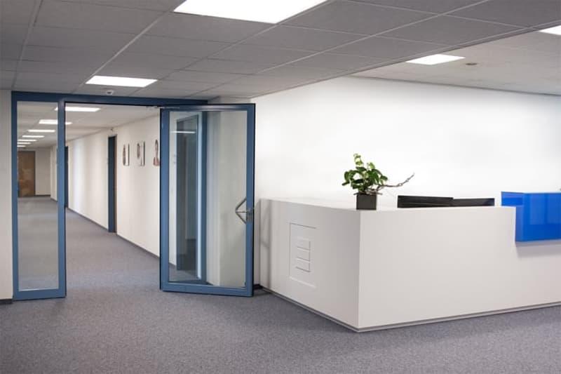 Voll ausgebaute Büros - teilweise klimatisiert (Süden)