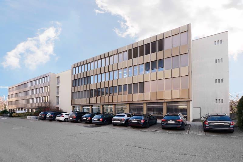 Bürohaus Seite Innenhof