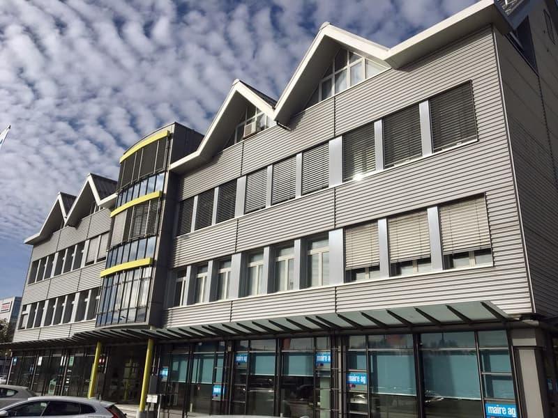 Attraktive Gewerbe- oder Büroräumlichkeiten in Schlieren