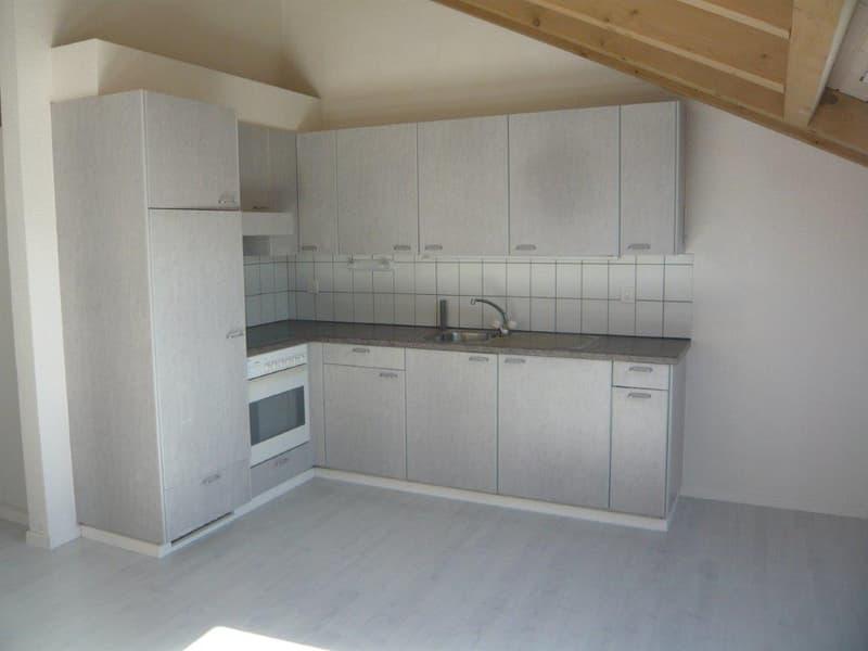 Dachwohnung mit Atmosphäre* gratis Garage dazu!* (2)