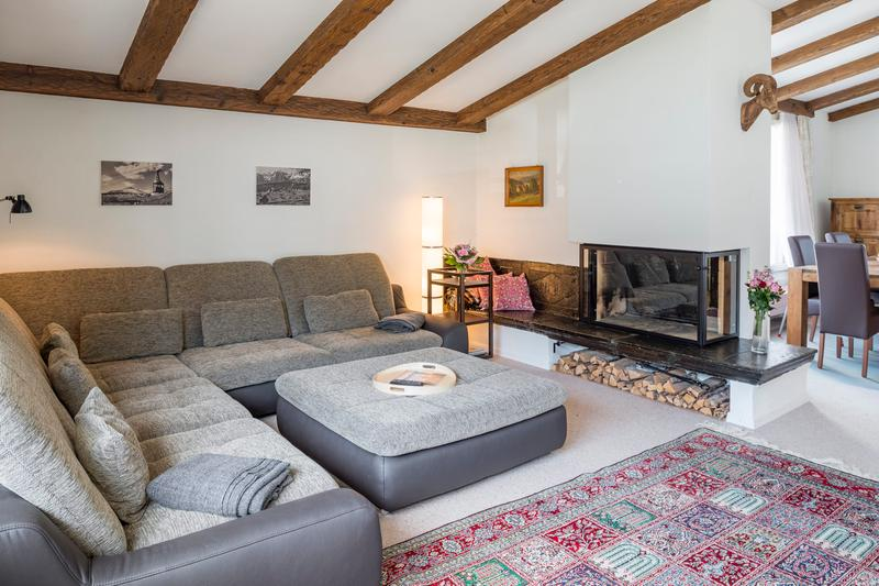Attikawohnung mit einzigartiger Dachterrasse im Herzen von Flims Waldhaus