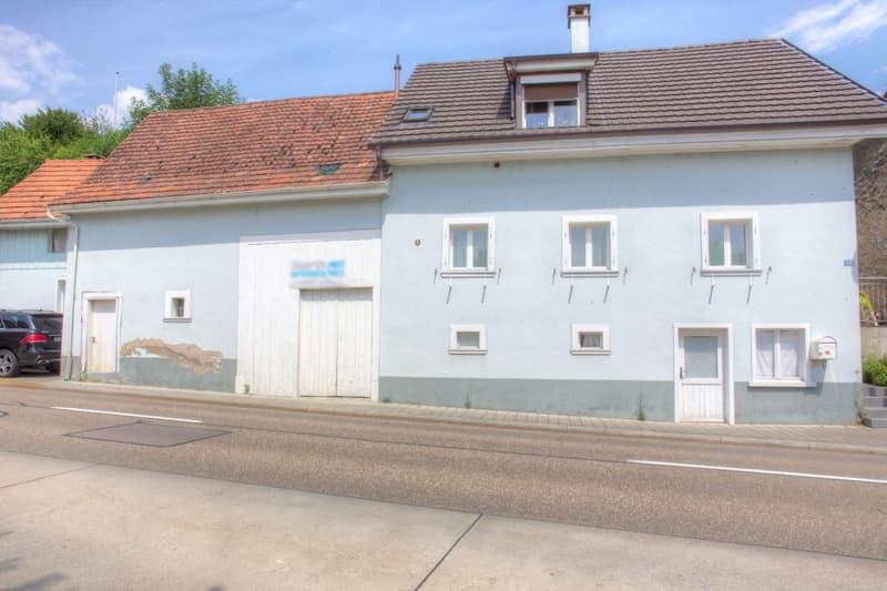 Freistehendes Einfamilienhaus mit Ökonomieanteil