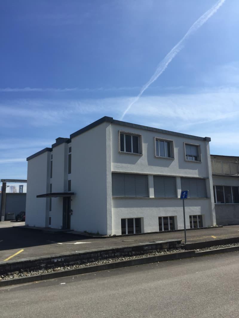 Büro-/ Geschäftshaus