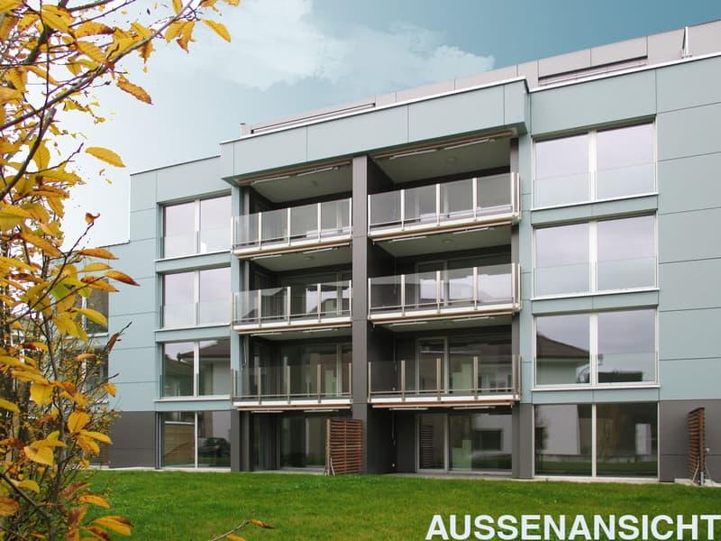 Moderne Sitzplatzwohnung (29m2) direkt neben der Raiffeisenbank