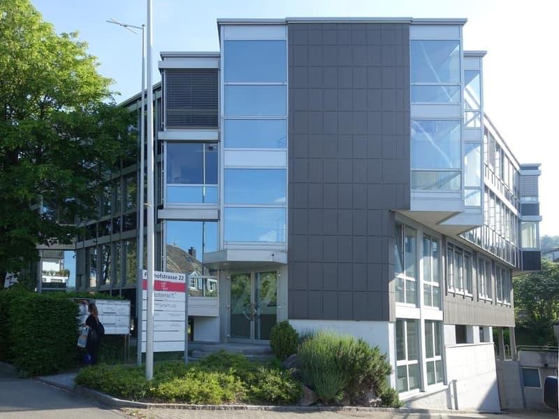 550 m2 voll ausgebaute Büroräumlichkeiten in Seenähe