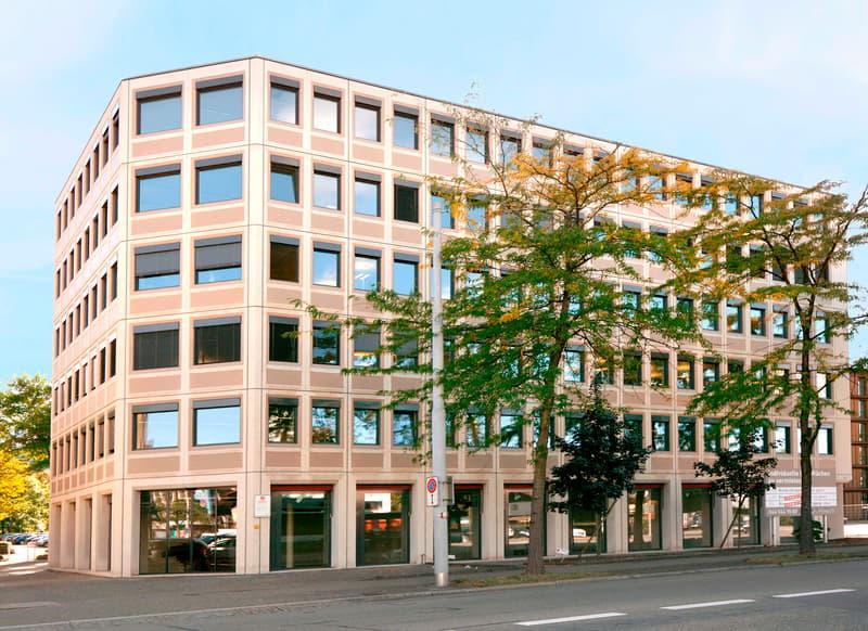 Einstellplätze Kreuzung Flur-/Rautistrasse