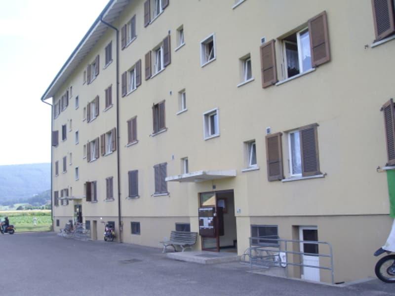 Spacieux appartement de 4 pièces 1er étage- location idéal!!!