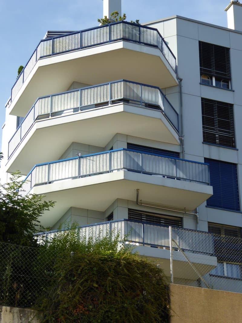 Appartement de 2.5 pièces Rue Auguste-Bachelin / Rue de la Côte, 2000 Neuchâtel
