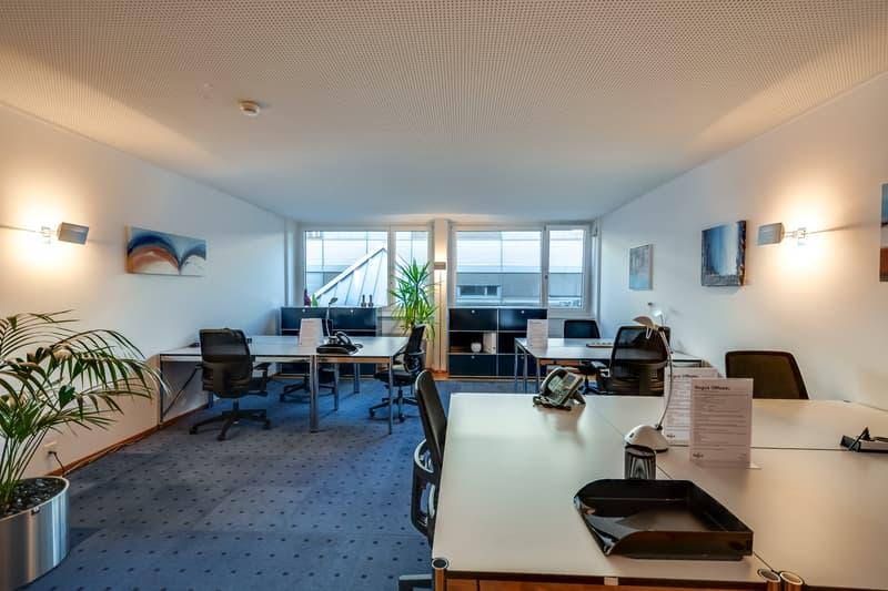 Ihr eigenes Grossraumbüro im Seedamm Center Pfäffikon! Modern und voll ausgestattet!