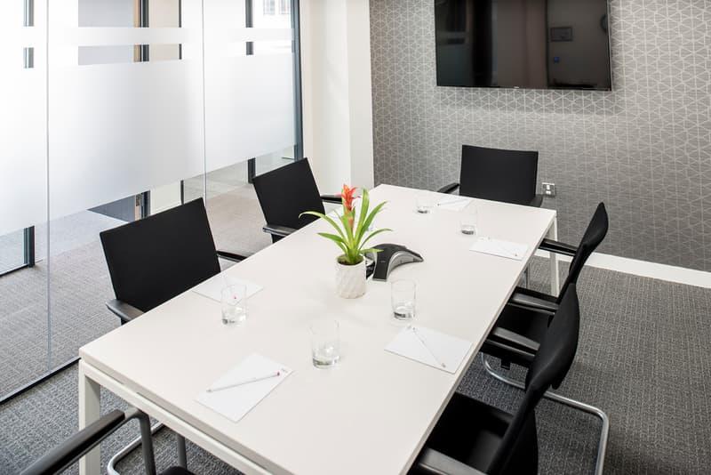 Ihr Privatbüro für 5-6 Personen-Wallisellen Business Park (1)