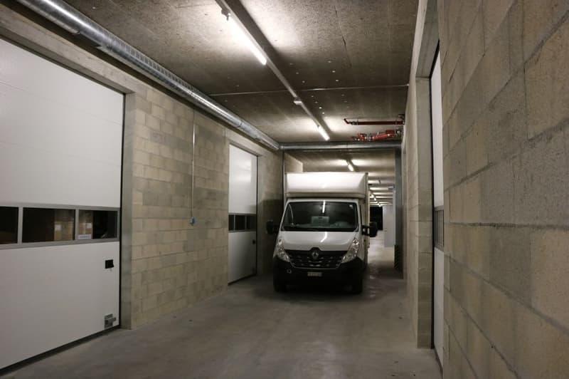 A louer dépôt de 200.9 m2 en sous-sol accessible en camion à Mathod VD
