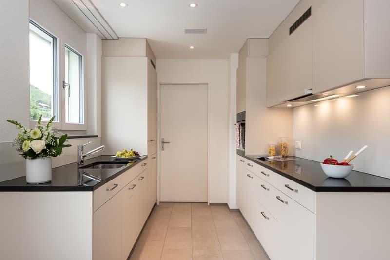 Zweifronten Küche