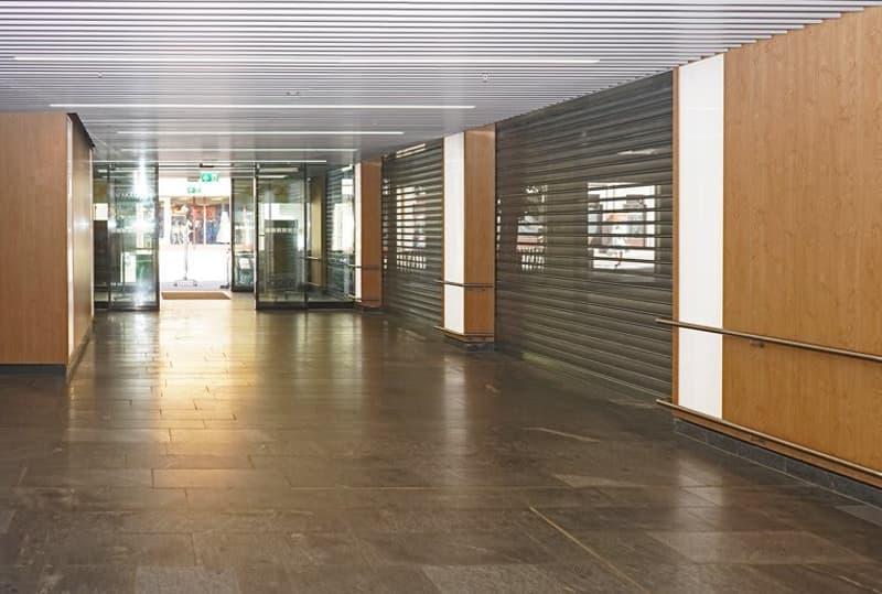 Arcade de 134 m2 dans le Centre Coop Epinettes