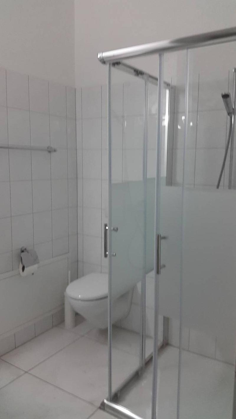modern möbliertes Zimmer in Winterthur (3)