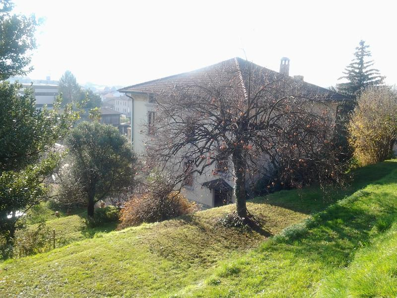 Villa plurifamiliare a Coldrerio