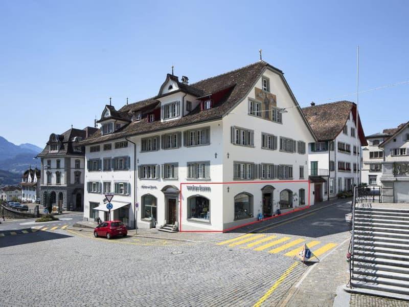 Prominent! Ladenfläche direkt am Hauptplatz in Schwyz