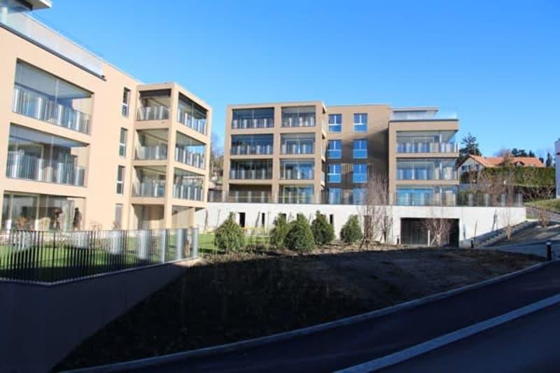 Appartement de 3½ pièces avec JARDIN D'HIVER et VUE LAC