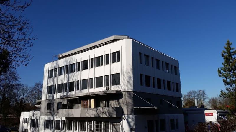 Ausgebaute Bürofläche à 121m2 zu vermieten!