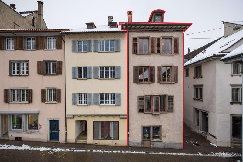 Altstadthaus mit Rheinblick