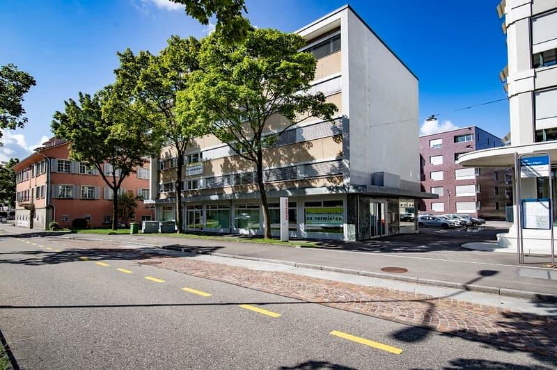 Grosszügig, mitten im Stadtzentrum Kloten und nahe Flughafen - Ihre Chance!