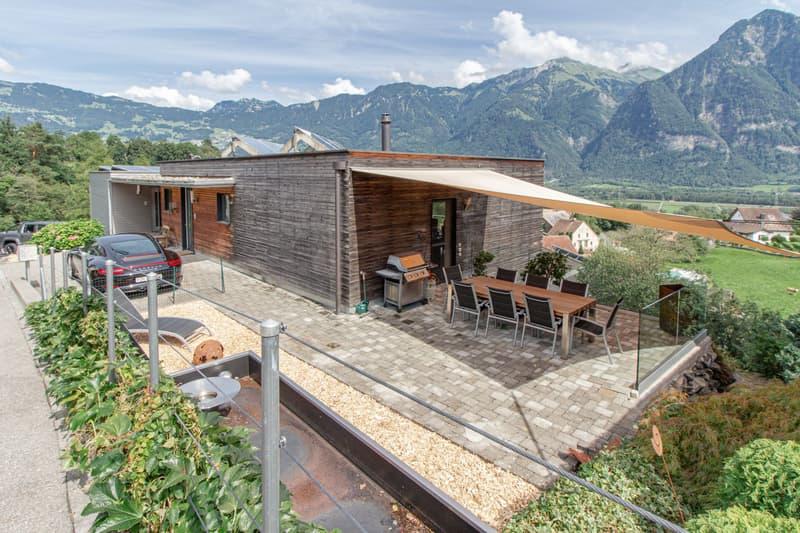 Wohnhaus mit Einliegerhausteil und schönstem Bergpanorama