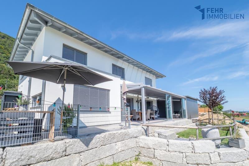 Fehr Immobilien - Neuwertiges, freistehendes 5.5-Zi.-Einfamilienhaus