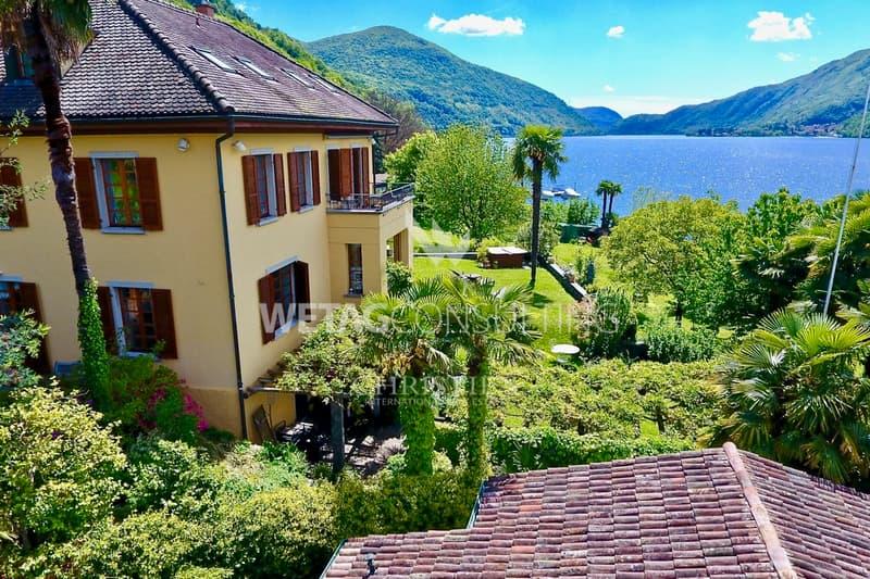 Herrliche Villa direkt am See am Fuss der Collina d'Oro