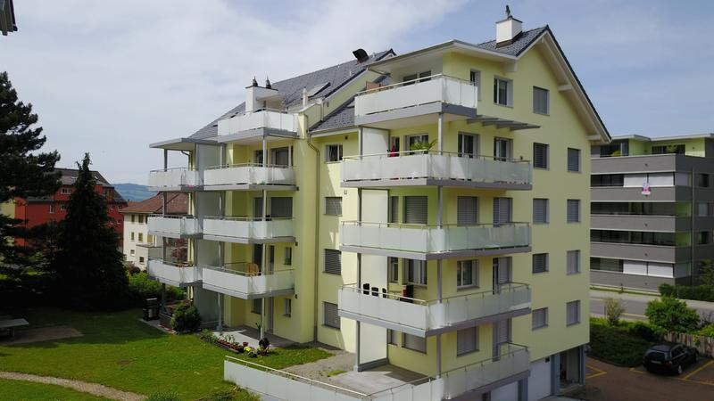 Preiswerte Wohnung in Arth
