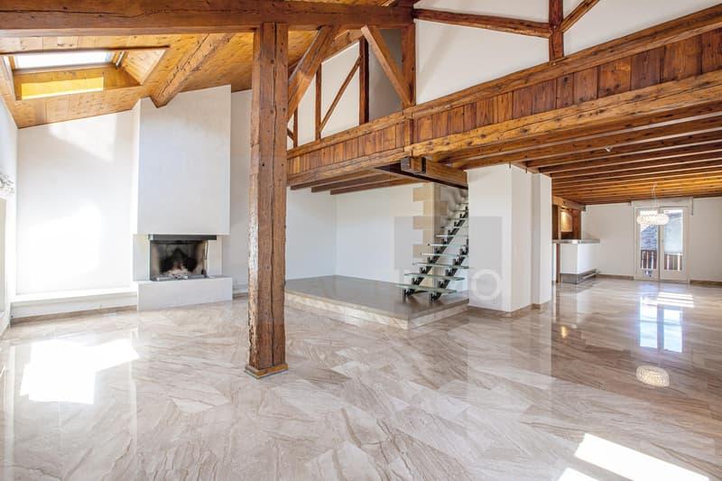 Très bel attique en duplex composé de 3 chambres