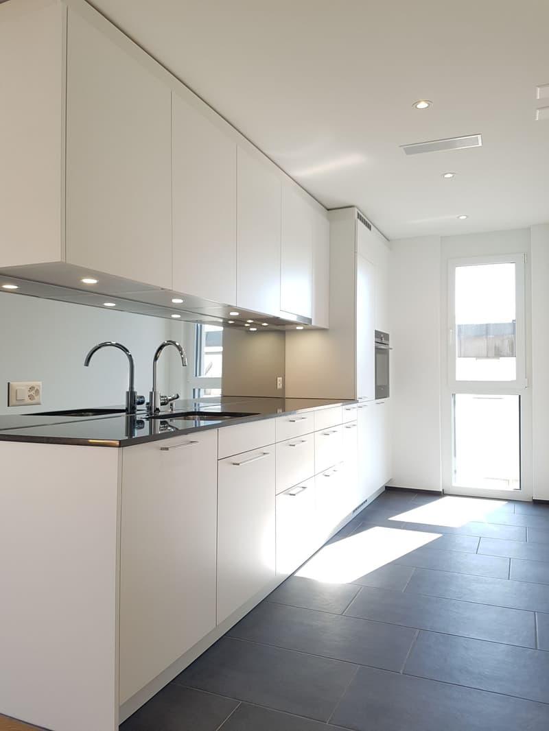 moderne & hochwertige 2.5 Zimmer-Wohnung!