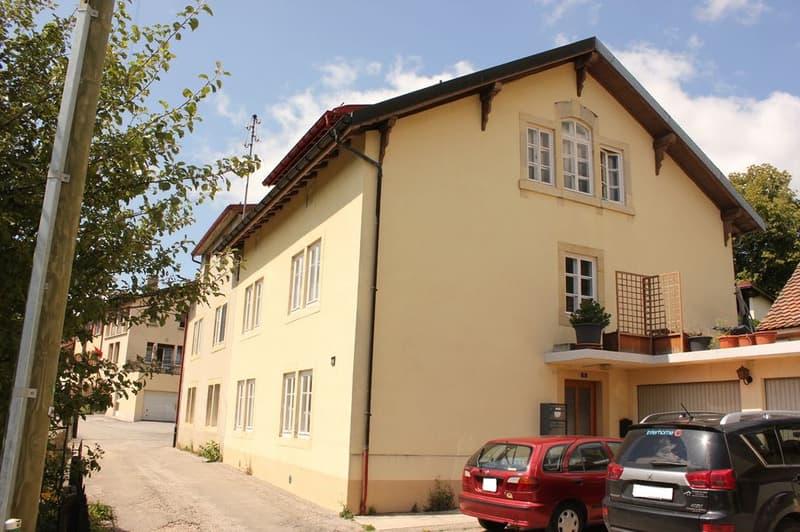 A LOUER  Joli appartement 2 pièces au rez-de-chaussée