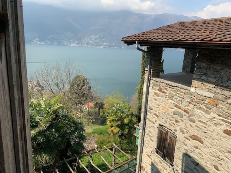 Wundervolles Tessinerhaus mit Seesicht im Dorfkern von Scaiano