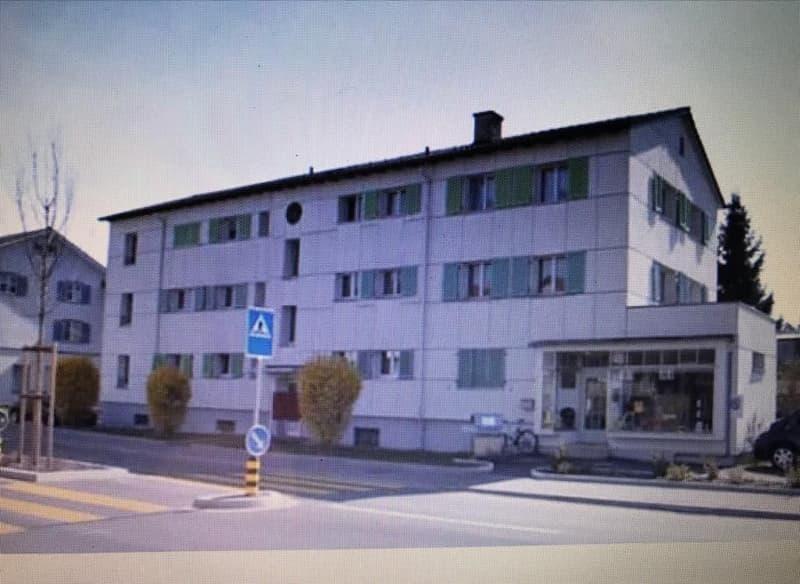 neu renovierte 2 1/2 Zimmerwohnung in Staad