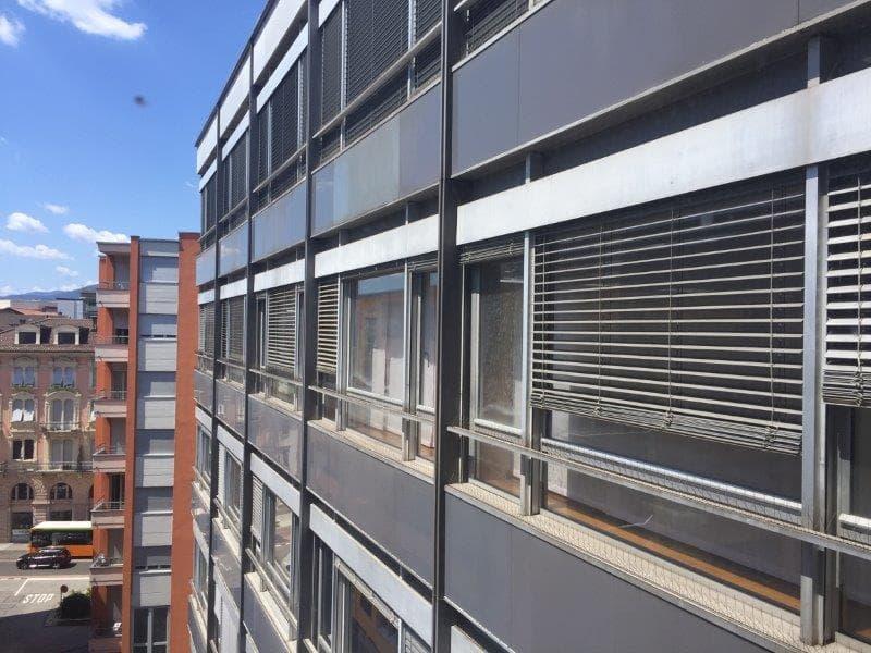 Chiasso centro : luminoso ufficio moderno-aria condizionata- immediato stazione e dogana