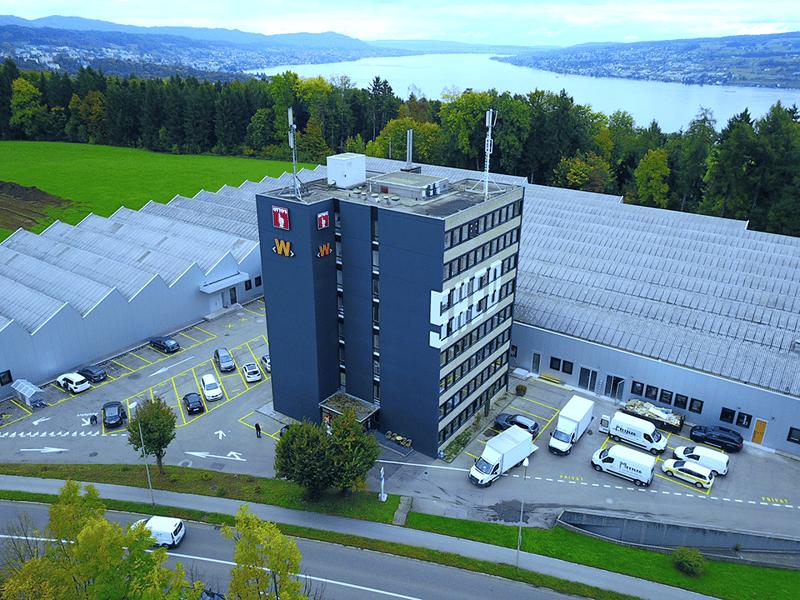 Lagerfläche 986 m² auf Wunsch inkl. Büroarbeitsplatz
