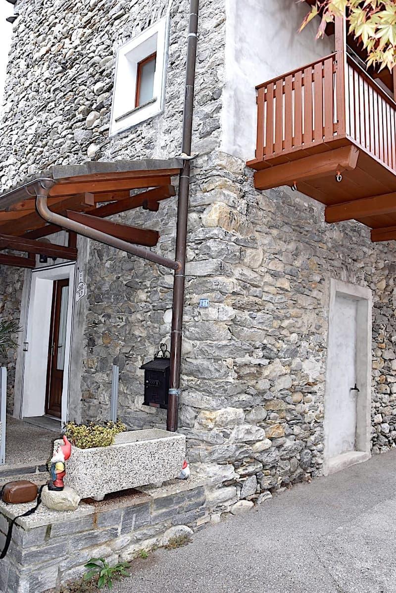 LOSONE - Rustico mit 3,5 Zi.im alten Dorfkern / Rustico con 3,5 locali nel Nucleo di San Giorgio
