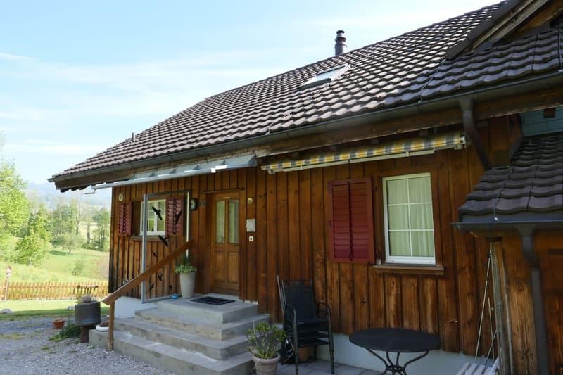 Doppeleinfamilienhaus - ungestörtes Wohnen mit einmaligem Panoramablick