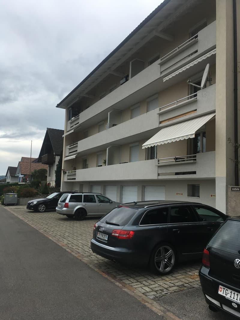 Grosse und helle 4-Zimmer-Wohnung mit Balkon, 1. Monat Gratis-Miete