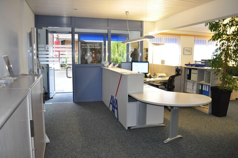 Eingang / Grossraumbüro
