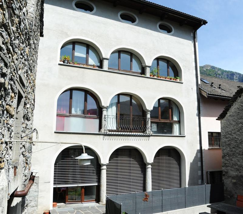Stabile residneziale a Vallemaggia - Mehrfamilienhaus im Vallemaggia, Tessin