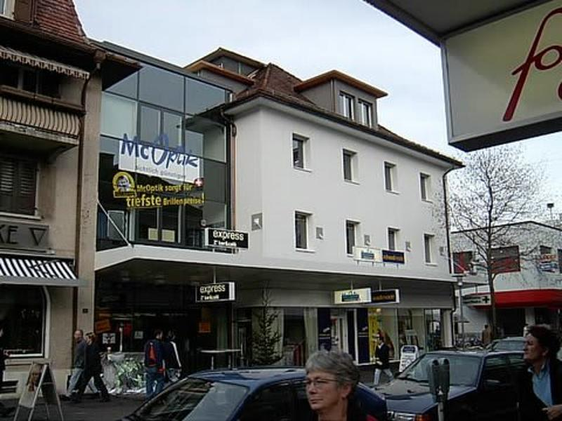 Verkaufslokal oder Praxis / Büroräumlichkeiten an der Bahnhofstrasse