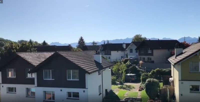 Höhe und Sicht vom Balkon