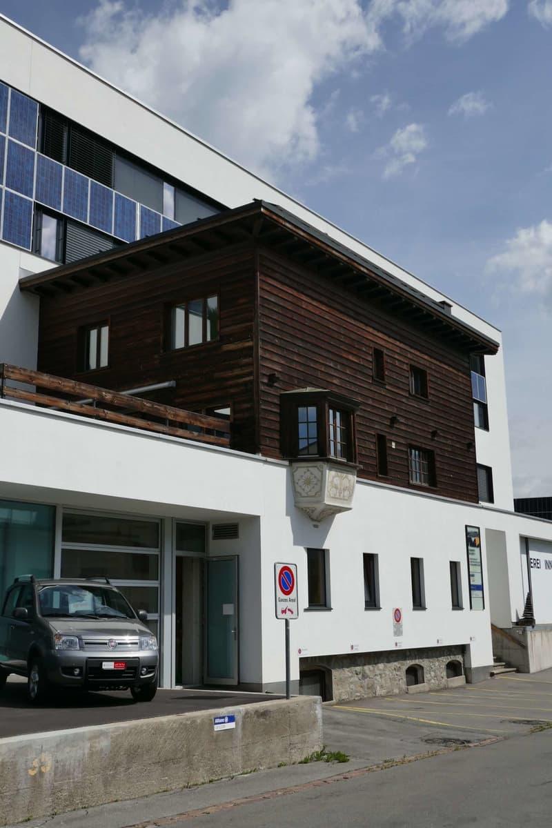 Wunderschön ausgebaute grosszügige Wohnung in Südlage