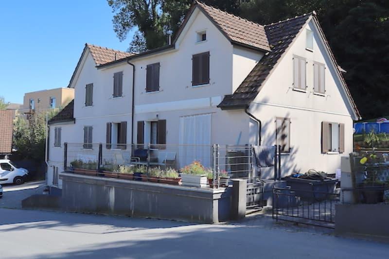 Dreifamilienhaus mit Studio