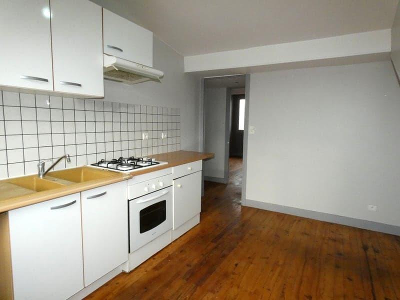 Dpt Puy de Dôme (63), à vendre proche de CLERMONT FERRAND appartement