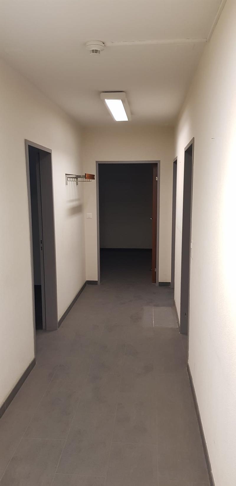 Büro und Lagerräume in Muttenz Autobahnnähe