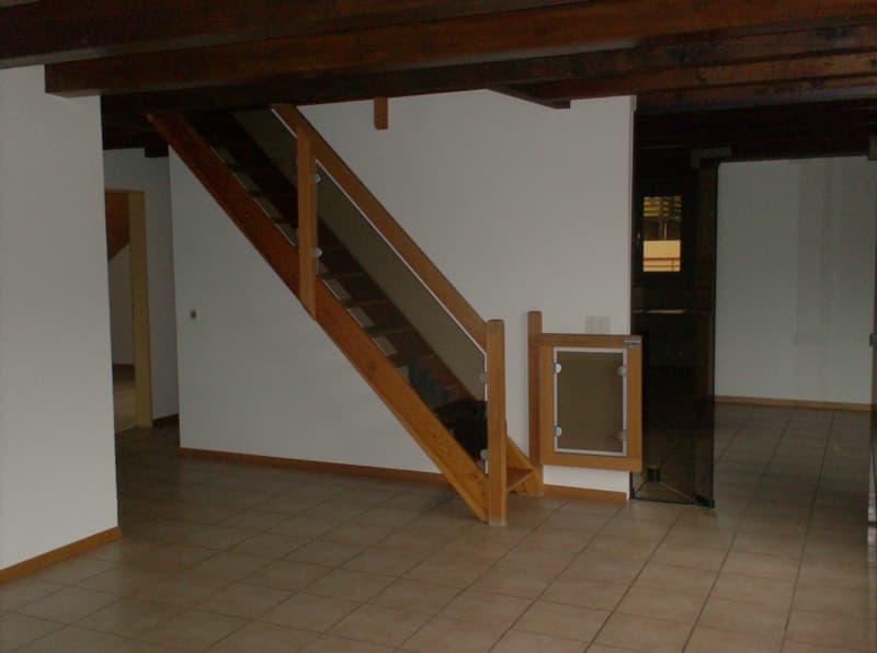 attraktive 4 1/2 Zimmer - Mais.- Dachwohnung
