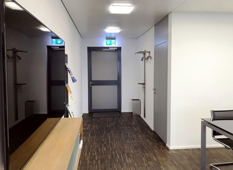 Modernes und repräsentatives Büro zu verkaufen