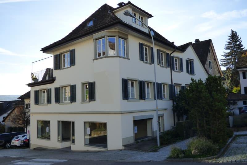 Helles und grosszügiges Gewerbelokal im alten Dorfteil von Rüschlikon